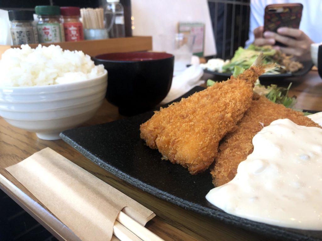 【丸庄商店】京都経済センター(SUINA室町)にある和食定食!!ふっくらアジフライ定食¥750(税別)
