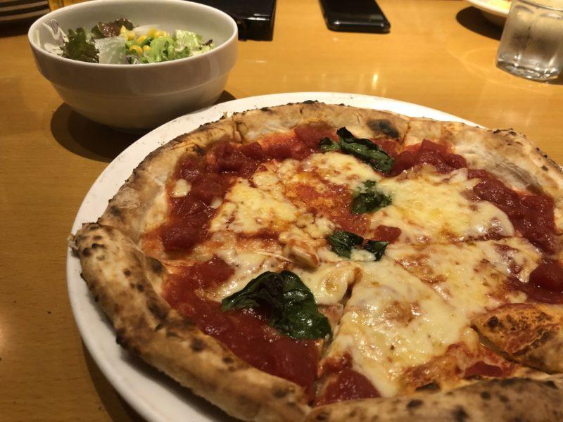 【ITALIAN QUATRO】コスパ最強すぎる本格ピザ!マルゲリータ¥550(税込)