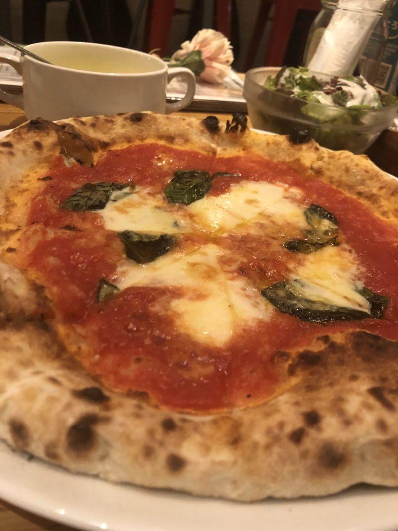 【ピッツェリア・バール・レ・ナポリ】本格派イタリアンがお手頃な価格で食べられる!マルゲリータ+Aセット ¥1,100(税込)