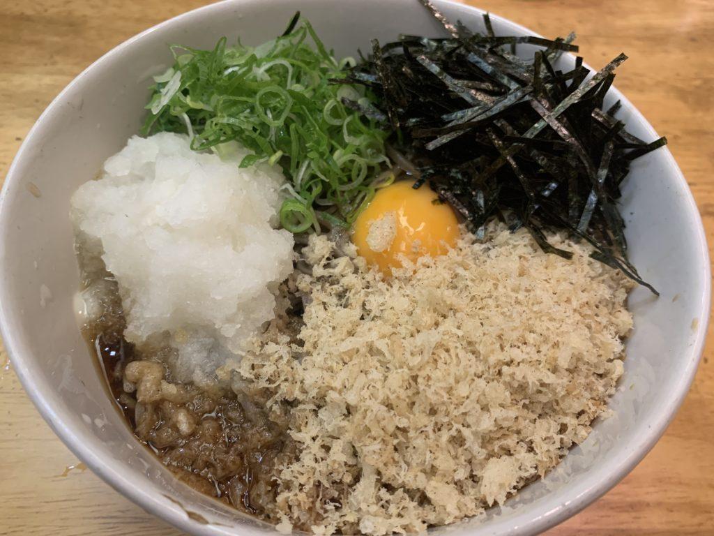 【永正亭】老舗蕎麦屋さんの絶品看板メニュー「特田舎蕎麦」 ¥580(税込)