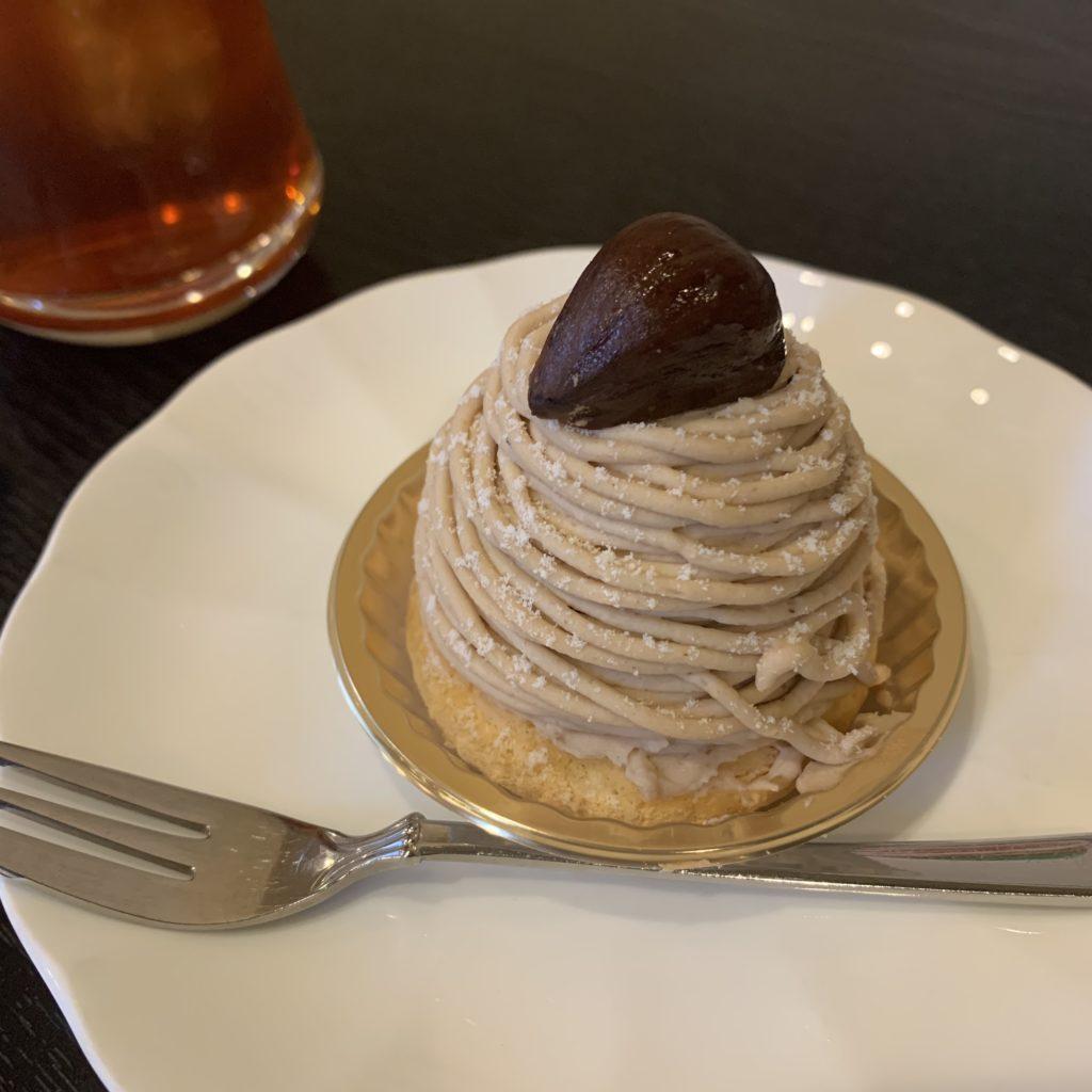 【喫茶デリカ】レトロな雰囲気で味わう昔ながらの プレミアムモンブランケーキセット ¥780(税込)