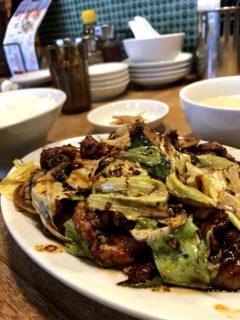 【万豚記】(ワンツーチン)辛い食べ物が好きな人必見豚キャベツ味噌炒め定食 ¥880(税抜)