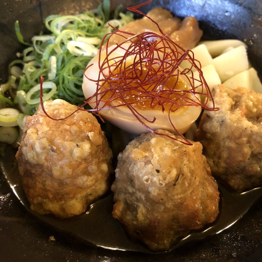 """【麺ビストロNAKANO】元フレンチシェフが作る""""ここでしか""""食べられない創作麺 ピリ辛まぜそば ¥950(税込)"""