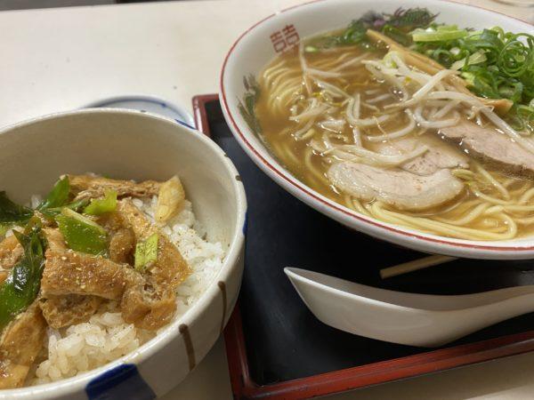【萬福】昔ながら落ち着く雰囲気の中華そば屋さん 中華そば ¥700+きつね丼ミニ ¥200(税込)