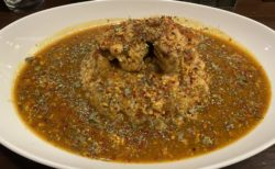 【KARA-KUSA curry】こだわりが詰まったスパイスが使われているカレー屋さん スパイシーチキンカレー ¥900 (税込)