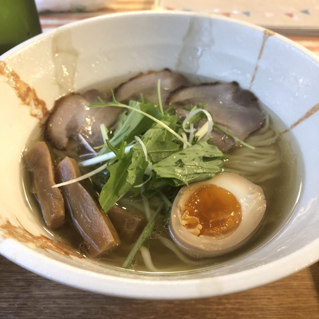 【麺ビストロNakano】ラーメン屋なのにフレンチ?!?! 白しょうゆ麺¥800+ライスセット¥150(税込)