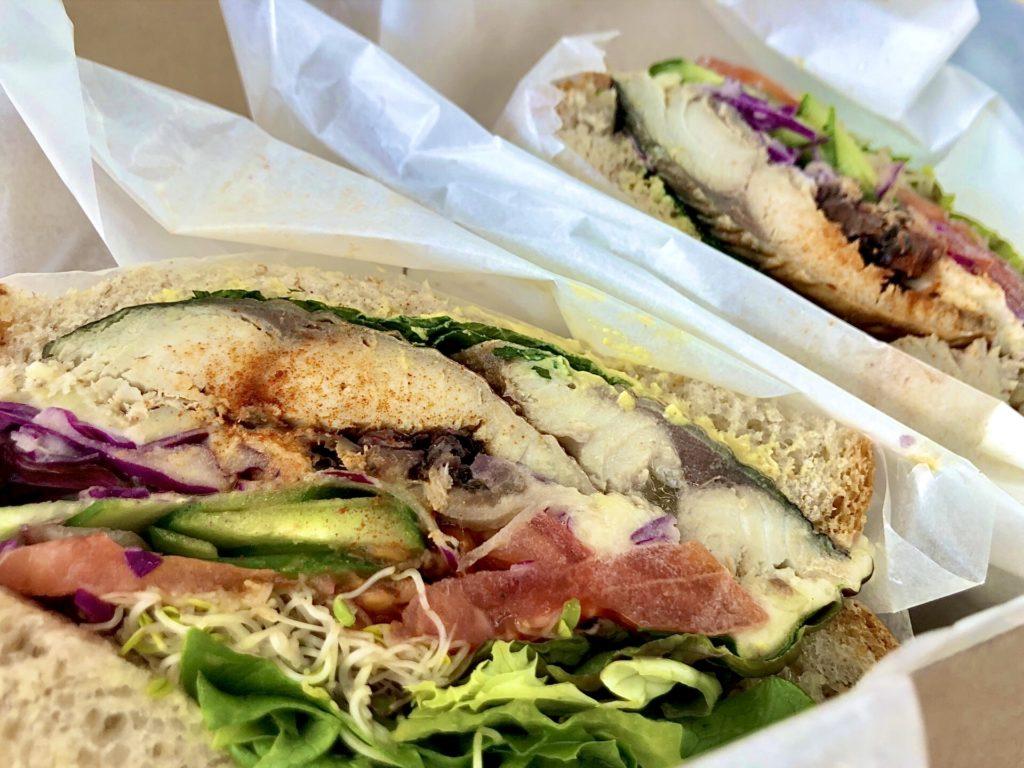 【Dai's Deli & Sandwiches 六角店】専門店の大人気メニュー🥪✨ サバサンド ¥1,580(税抜)