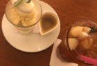 【nana's green tea】抹茶とわらび餅が一度に味わえる 抹茶シフォンとわらび餅パフェ ¥880(税抜)
